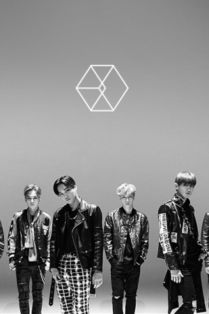 CELEBRITY (엑소 EXO-Call Me Baby M/V)